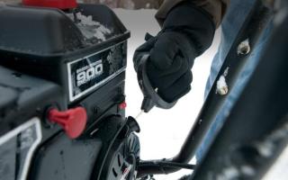 Ремонт снегоуборщика своими руками, если он не заводится, не едет, глохнет, не выбрасывает снег